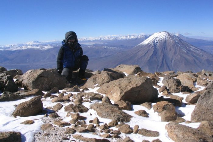 Mountaineering in the Snowy of Chachani 2 days / 1 night
